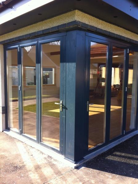 Sanford Gardens, Bi-folding doors